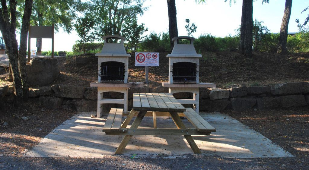 Aire barbecue du camping